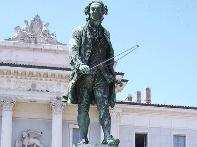 standbeeld Guiseppe Tartini