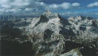 De Mount Triglav ligt in het Noorden van Slovenië in het Triglav Nationaal Park